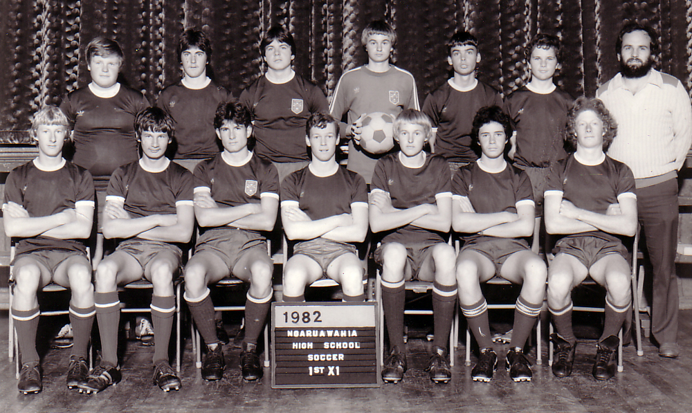 1982 Ngaruawahia High School 1st 11. Rear: Steven Smith, David Hodge, Rodney McIntosh, Wayne Vickers, Deane Puncheon, Philip Gray, Paul Phillips (Coach). Seated: Owen Allison, Peter Magee, John Bell, Kerry McKee, Bruce Vickers, Johnnie Duffull, Andrew Pharo.